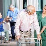Cómo potenciar la ergonomía del paciente en las residencias para la tercera edad