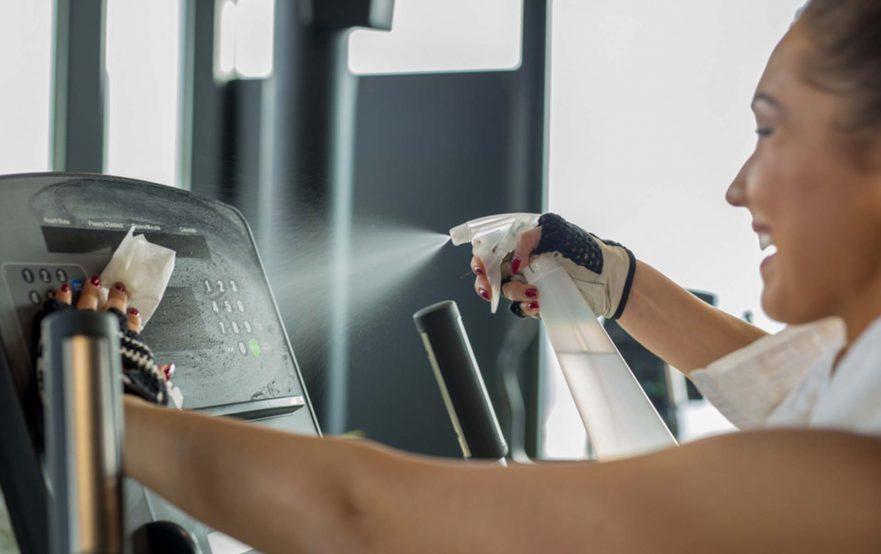 papelmatic-higiene-profesional-gimnasios-desinfectantes-maquinas-musculacion