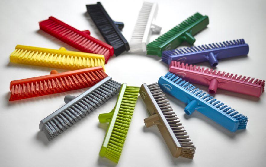 papelmatic-higiene-profesional-cepillos-vikan-escobas-codigo-colores