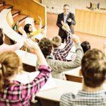 10 focos de gérmenes en los centros educativos