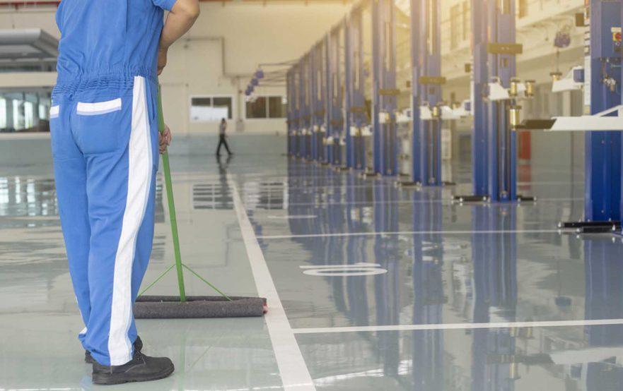papelmatic-higiene-profesional-riesgos-laborales-durante-la-limpieza