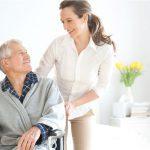 El apoyo familiar, indispensable en las residencias geriátricas