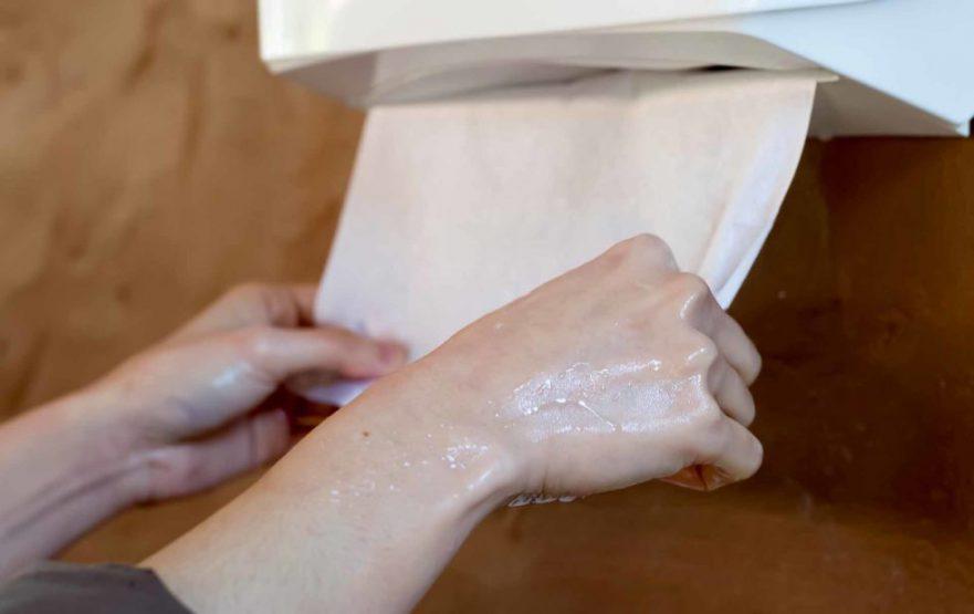 papelmatic-higiene-profesional-papel-secamanos-980x617