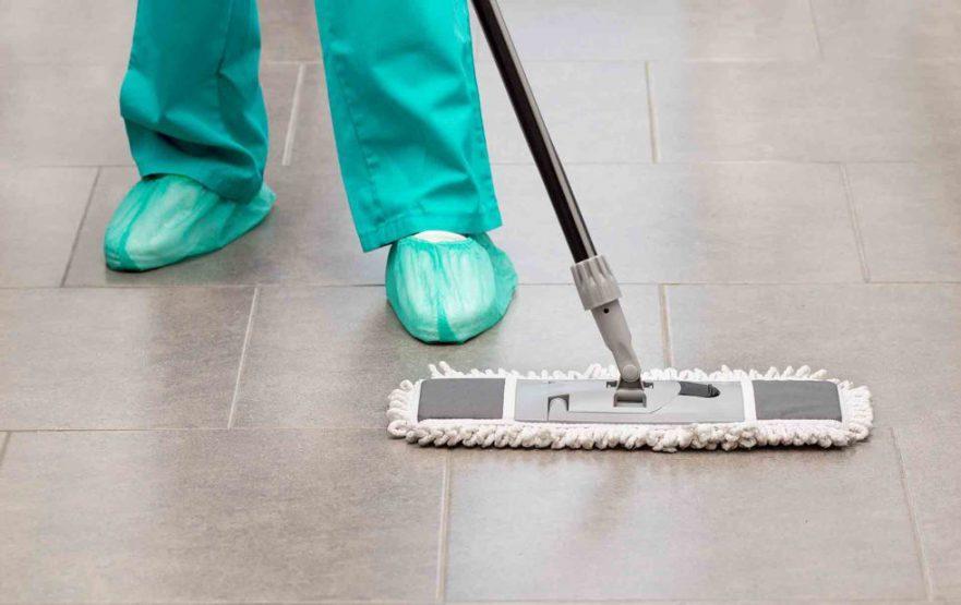 papelmatic-higiene-profesional-limpieza-y-desinfeccion-del-quirofano-productos-980x617
