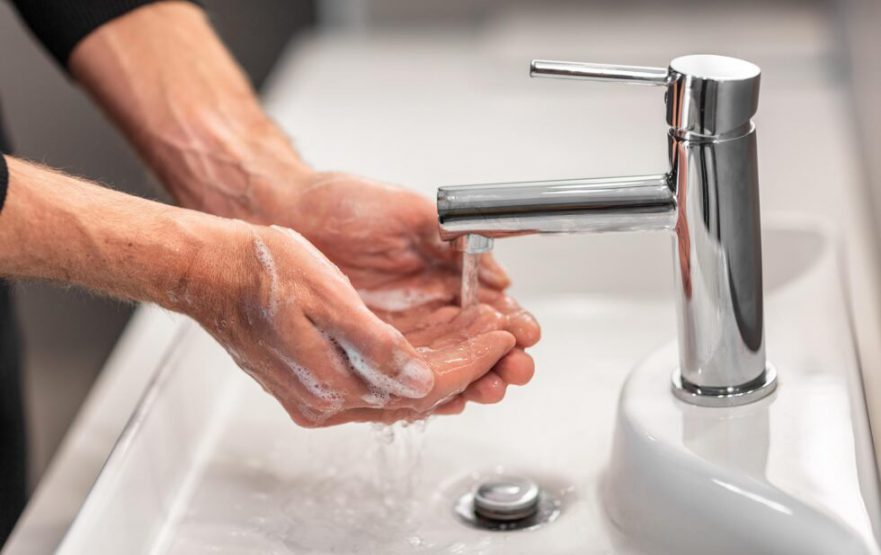 papelmatic-higiene-profesional-huella-bacteriana-higiene-manos-portada-980x617